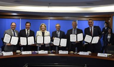 Renuevan FIRA, Bancomext y ProMéxico alianza para la exportación de productos agropecuarios a Canadá