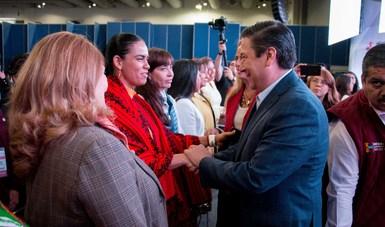 Este año se aprobaron alrededor de ocho mil millones de  pesos para el impulso de proyectos productivos encabezados por mujeres.