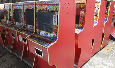 PGR asegura 51 máquinas tragamonedas en Tijuana
