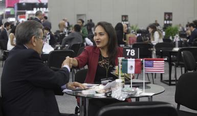 Mesa de negocios Estados Unidos vs México