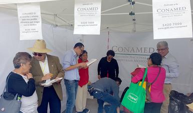 Equipo de la CONAMED informa a los adultos mayores sobre los servicios que brinda la institución