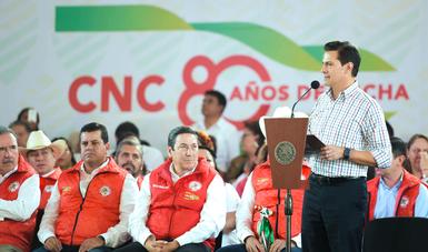 Tomó la Protesta a Ismael Hernández Deras como Presidente del Comité Ejecutivo Nacional de la CNC para el periodo 2018-2022.
