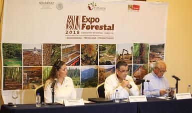 Mesa de la rueda de prensa de la presentación de Expo Forestal 2018 en Jalisco,