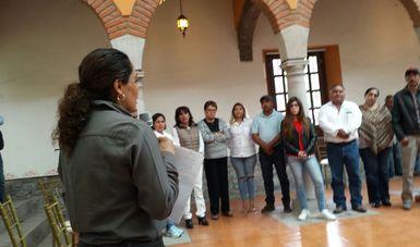 La Dra. Narcedalia Ramirez dirigiendose al Consejo