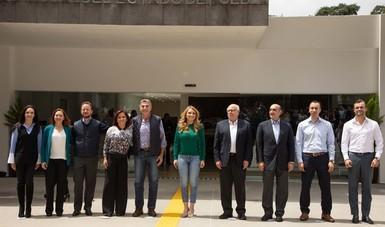 Hoy en México se cuenta con 25 Centros de Rehabilitación y Educación Especial (CREE), con 92 Centros de Rehabilitación Integral (CRI) y con 1466 Unidades Básicas de Rehabilitación.