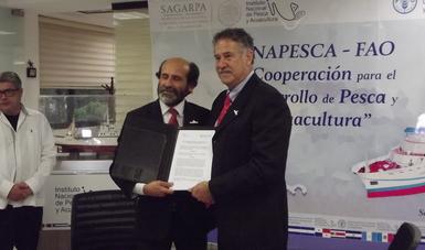 Crispim Moreira y Pablo Arenas firman la carta de intención