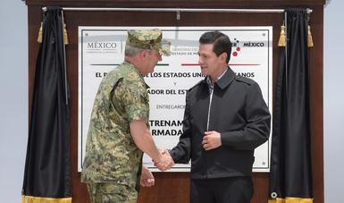 """""""A un año de los sismos de septiembre de 2017, los mexicanos nuevamente reconocemos el apoyo que recibimos de nuestras Fuerzas Armadas"""": EPN"""