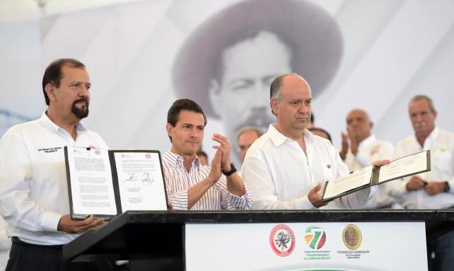 El Presidente Peña Nieto refirió seis acciones que el Gobierno de la República ha emprendido en favor del campo mexicano.