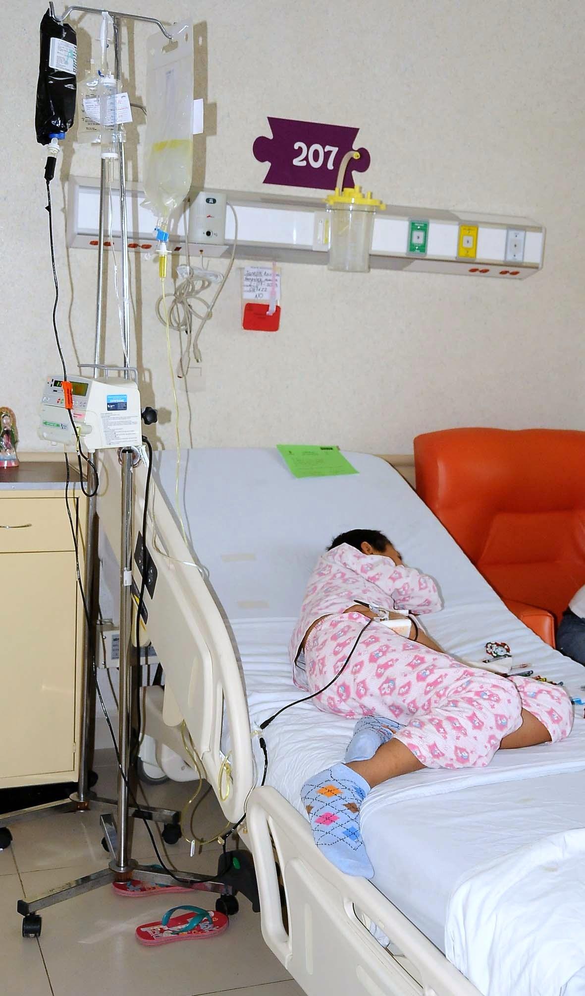 El Hospital para el Niño no sólo atiende a pacientes con cáncer. También es el segundo a nivel nacional que más realiza cirugías reconstructivas de labio y paladar hendido, con un historial de 6 mil procedimientos.