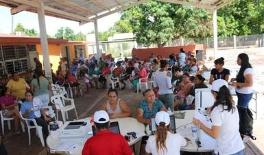 Personal de la CNPSS se mantiene cerca de la gente de La Platanera Navolato, Guamuchilito y El Pinole Culiacancito.