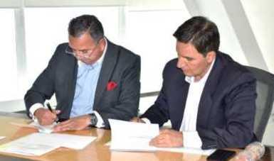 Foto de funcionarios de la SEP