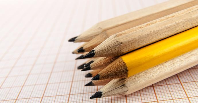 Inicia Economía investigación a lápices provenientes de China