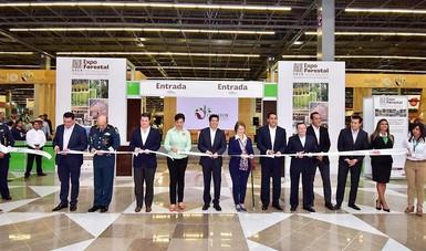Corte de listón de Expo Forestal 2018 en Guadalajara.
