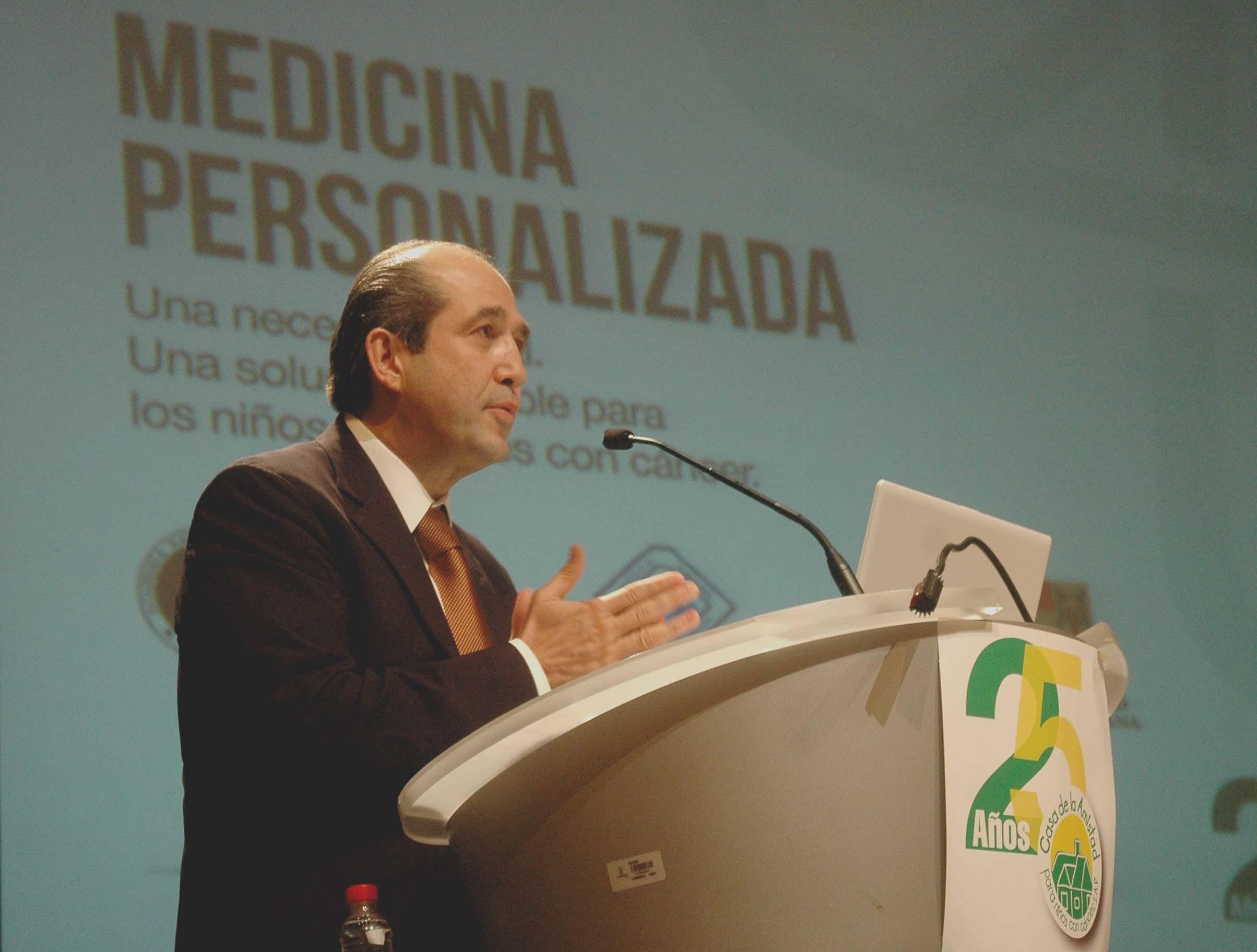 El Dr. Eduardo González Pier resaltó que el trabajo de la sociedad civil ha sido fundamental para apoyar a los pacientes y sus familiares.
