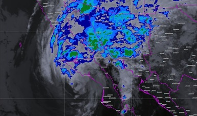 Imagen satelital sobre la Península de Baja California con presencia de lluvias tras el paso de la Tormenta Tropical Sergio.