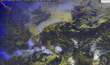 Imagen satelital de la república mexicana que muestra la nubosidad en estados del territorio nacional. Logotipo de Conagua.