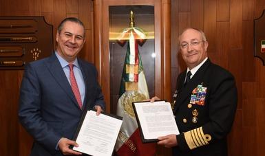 Licenciado Gerardo Gutiérrez Candiani, titular de la Autoridad Federal para el Desarrollo de las Zonas Económicas Especiales, y el Almirante Vidal Francisco Soberón Sanz, Secretario de Marina y Alto Mando de la Armada de México.
