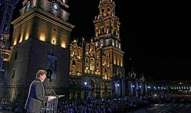 El Secretario Enrique de la Madrid, en la inauguración de la 5a Feria Nacional de Pueblos Mágicos desde la Catedral de Morelia.