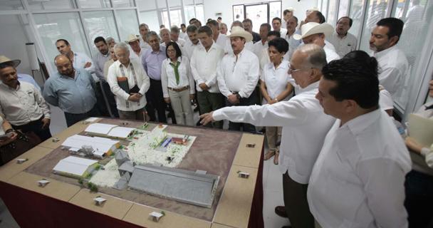 La SAGARPA puso en marcha dos plantas integradoras de agroinsumos en los estados de San Luis Potosí y Veracruz