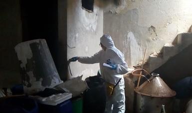 PGR asegura tres toneladas de precursores químicos tras cateo en Guanajuato.