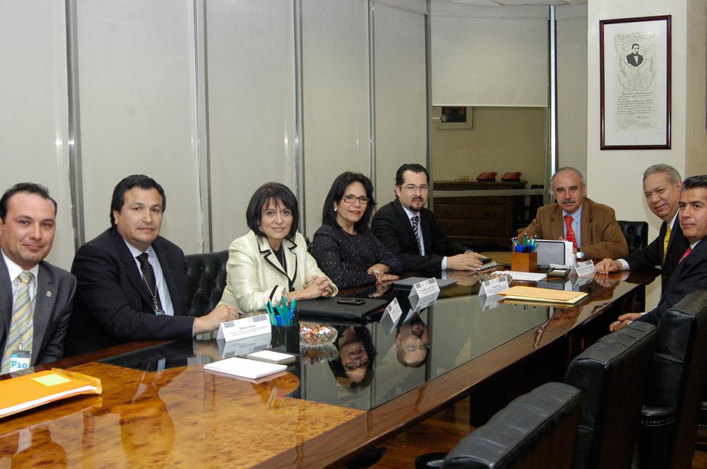 El Subsecretario de Responsabilidades Administrativas y Contrataciones Públicas, Julián Olivas Ugalde, expresa que la SFP continúa con su trabajo normal de fiscalización.