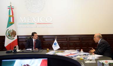 Recibió del Secretario Gurría el Tercer Informe de Avances sobre el Desarrollo del Nuevo Aeropuerto Internacional de México.