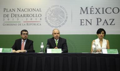 Nuestro reto es ofrecer un gobierno eficaz juli n olivas for Mesa funcion publica