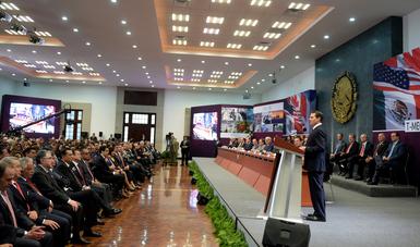"""""""La modernización de diferentes acuerdos de México con otras naciones es una de las cuatro premisas centrales en las que se ha cifrado la gestión de este Gobierno en el ámbito económico"""": EPN"""