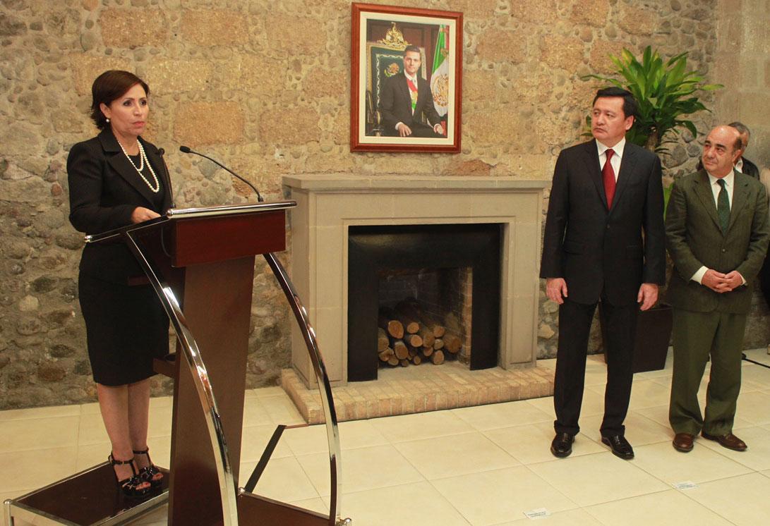 En la foto, Rosario Robles Berlanga durante la toma de posesión como titular de la Secretaría de Desarrollo Agrario, Territorial y Urbano (SEDATU), en sustitución de Jesús Murillo Karam.