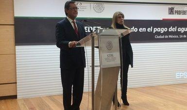 El Secretario del Trabajo, Roberto Campa Cifrián y la Procuradora Federal de la Defensa del Trabajo, Alejandra Negrete Morayta en su intervención