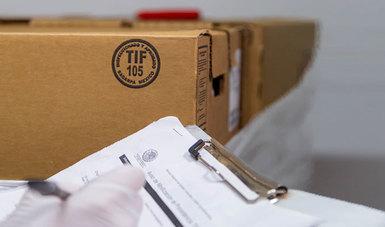 Caja con sello TIF