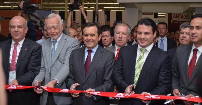 Inaugura el Secretario Guajardo Expo ANTAD 2013