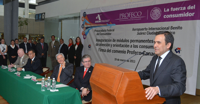 Signan convenio Profeco y Canaero para proteger La Vida, La Salud, Seguridad y Economía de los viajeros