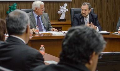 Reunión de trabajo de funcionarios para perfilar un robusto sistema financiero rural,