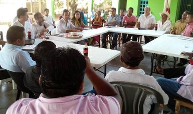 Suma de esfuerzos entre sociedad y gobierno, indispensable para preservar las lenguas indígenas