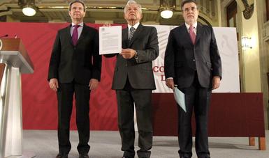Presidente Andrés Manuel López Obrador presenta la iniciativa que será presentada a la Cámara de Diputados