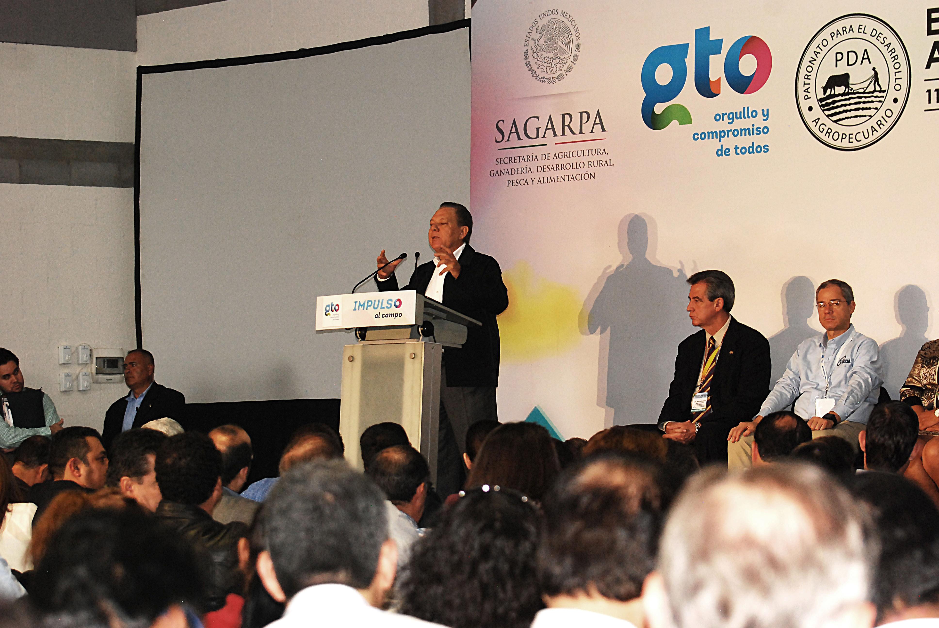 Impulsa SAGARPA a pequeños y medianos productores para desarrollarse en el ámbito comercial