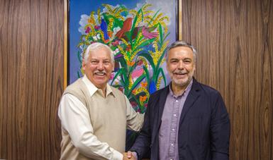 El secretario Víctor Villalobos y el diputado, Alfonso Ramírez Cuellar.