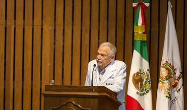 El Dr Ruiz Palacios dijo que el mérito fue creado para reconocer a un personaje esencial que brindó sus servicios al Instituto de manera destacada, única y vital, que consolida la lucha de un gran hombre que ganó el reconocimiento.