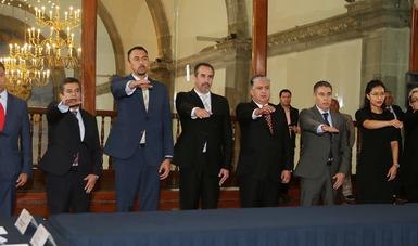 Presidieron el acto, el secretario de la SEP, Esteban Moctezuma Barragán y la titular de la CONADE, Ana Gabriela Guevara Espinoza