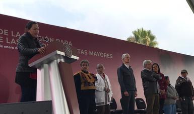 Pdte. Andrés Manuel y Sria. de Bienestar en el evento