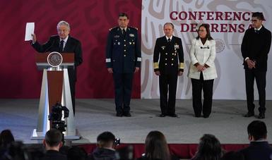 El presidente de México señaló que se adquirirán 500 pipas para acelerar abasto de combustible