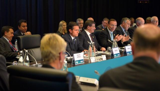 En el primer retiro de líderes del G20, realizado en el Queensland Parliament House, el Presidente de la República, Enrique Peña Nieto, fue el orador inicial para compartir la experiencia de México en la implementación de las Reformas estructurales.