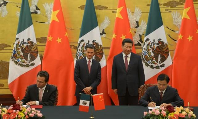 En el marco de su Visita de Estado a la República Popular China, el Mandatario mexicano y Xi Jinping sostuvieron una reunión bilateral acompañados por sus comitivas.