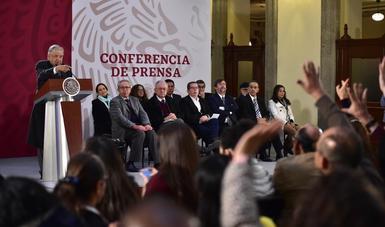 Conferencia de prensa en la que se anuncio la propuesta de nuevos responsables de los medios públicos de México