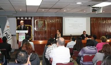 Doctor Miguel Ángel Lezana Fernández, Mestra María del Rosario Novoa Peniche y el Maestro Carlos Bojórquez Hernández.