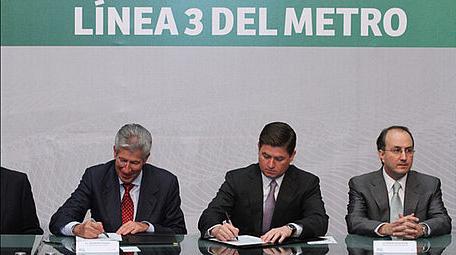 Firma SCT y Nuevo León convenio para línea 3 del metro