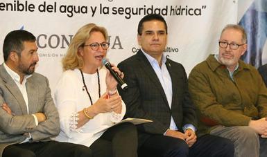 Se trata de un foro abierto en el que participan académicos, científicos, estudiantes mexicanos y de distintos países del mundo para intercambiar experiencias.