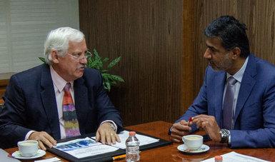 El titular de la SADER, Víctor Villalobos, y el embajador, Mohammed Alkawari