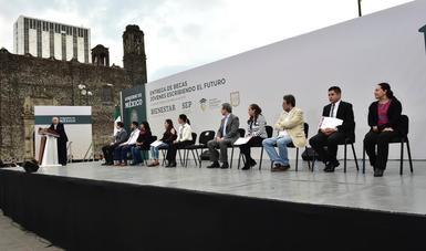 Mensaje del presidente Andrés Manuel López Obrador en la Plaza de las Tres Culturas de Tlatelolco